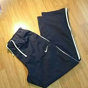 Nike jogger zip leg pants size large
